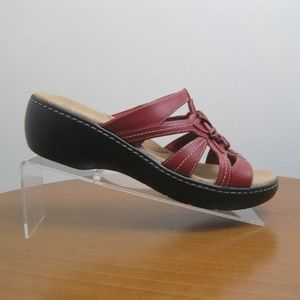 Clarks Collection Womens Sandals Red Leather Sz 9